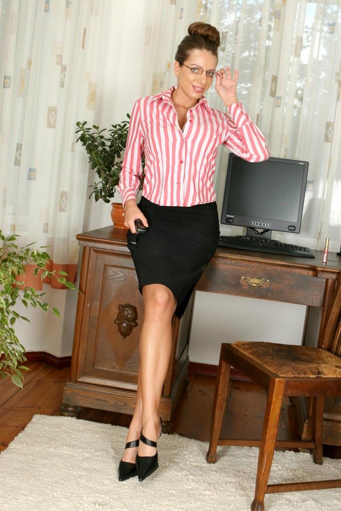 Monika Benjar